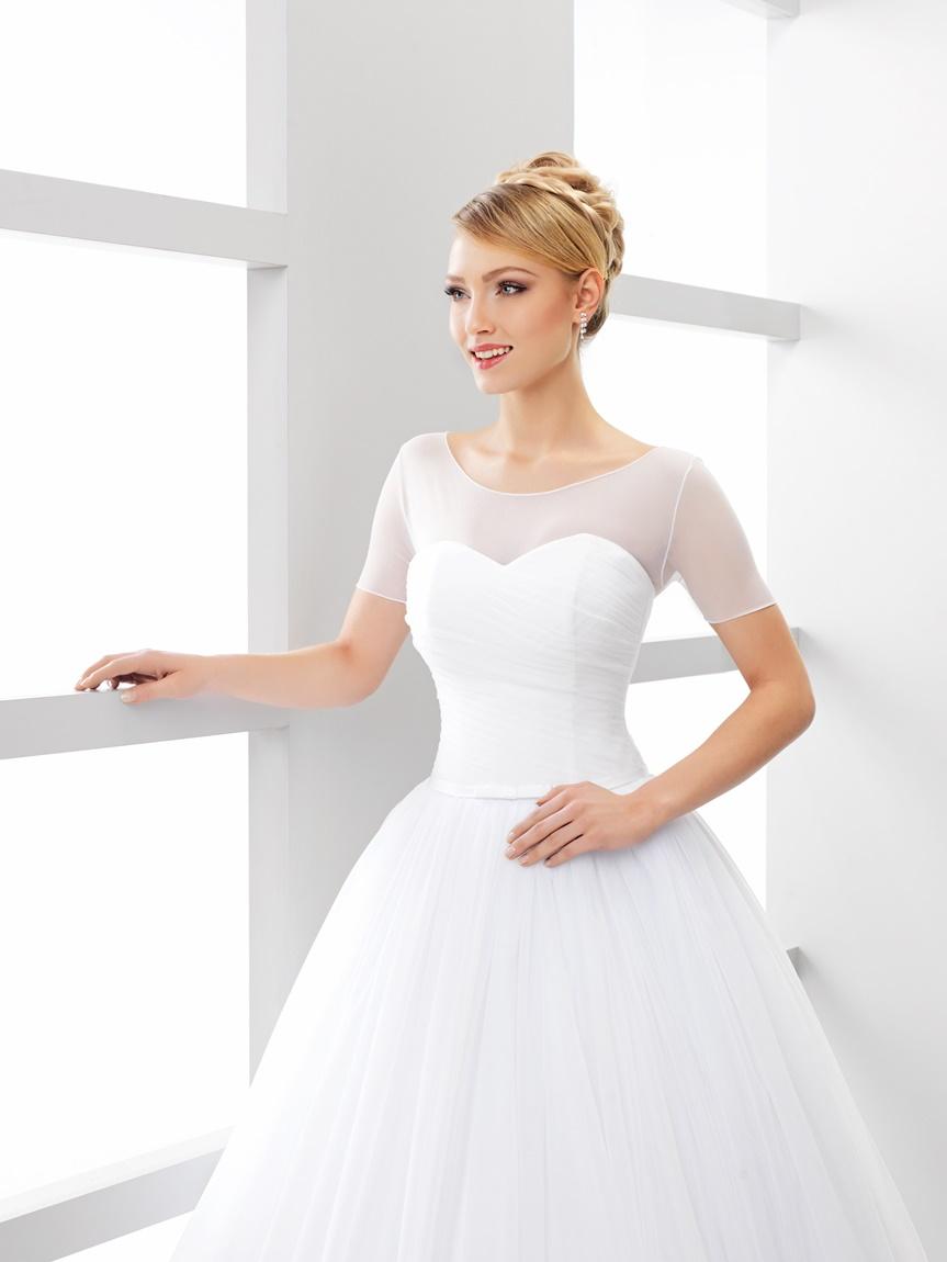 tylové svatební bolerko 63543ab30c5